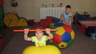 упражнения на мячах